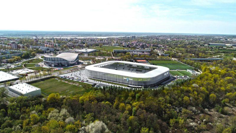 wizualizacje stadionu Wisły Płock